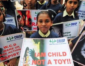 Ấn Độ: Bé gái 3 tuổi bị hãm hiếp tại trường học