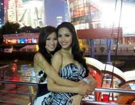 Hoàng My và các người đẹp ngắm cảnh Thượng Hải về đêm