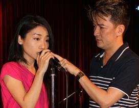 Hằng Bingboong say sưa tập hát cùng bạn bè