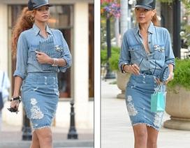 Bộ váy bò khác người của Rihanna