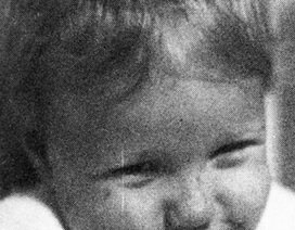 Hé lộ ảnh ngày bé của Gwyneth Paltrow và Beyonce