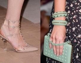 BST giày dép - túi ví sành điệu của Valentino