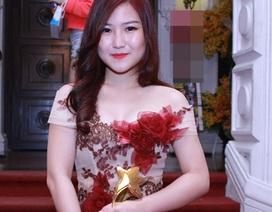 Hương Tràm nhận giải Nghệ sỹ trẻ triển vọng