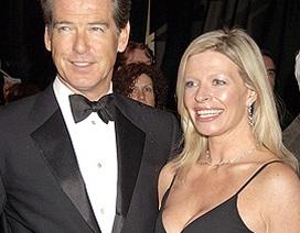 """Con gái """"Điệp viên 007"""" chết vì ung thư"""