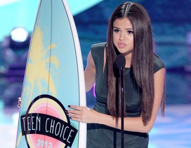 One Direction, Selena Gomez thắng lớn tại Teen Choice Awards