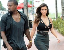 "Kanye West khen Kim ""siêu vòng ba"" hết lời"