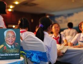 Những dòng thơ nghẹn ngào học sinh miền Trung tặng Đại tướng
