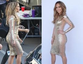 Jennifer Lopez cực hấp dẫn với váy kim sa ôm sát