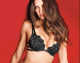 Adriana Lima vẫn đẹp hút hồn