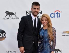 Shakira bé nhỏ bên người tình kém 10 tuổi