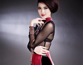 Hoa khôi Trần Thị Quỳnh gợi cảm với áo dài