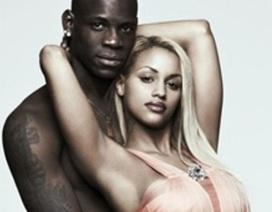 Cô bồ bốc lửa của Balotelli nhiệt tình cổ vũ bạn trai tại World Cup