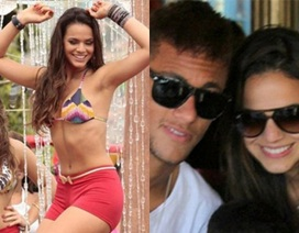 Cô bồ bốc lửa của ngôi sao bóng đá Brazil