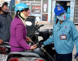 Tăng/giảm giá xăng dầu dưới 1.000 đồng, DN được tự quyết?
