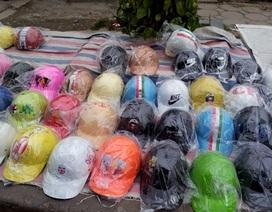 Kinh doanh mũ bảo hiểm giả bị phạt tới 200 triệu đồng