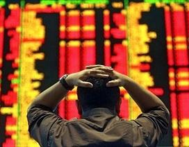 """Thị trường chứng khoán chìm trong """"biển lửa"""""""