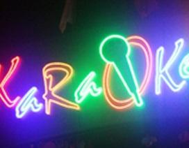 Dùng dao đâm chết chủ quán Karaoke