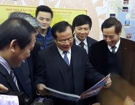 Bí thư Thành ủy Hà Nội thăm và chúc tết Hội báo Xuân 2015