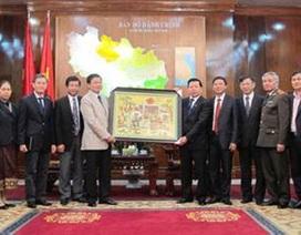 Phó Thủ tướng CHND Lào thăm và làm việc tại Bắc Ninh