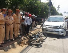 Gây tai nạn chết người, ôtô kéo cả xe máy bỏ chạy 3km