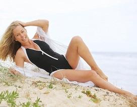 Người mẫu Playboy tự tin khoe dáng sau 2 lần sinh nở