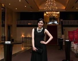 Vợ Minh Tiệp rạng ngời dự họp báo Hoa hậu Việt Nam