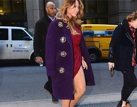 Beyonce khoe chân thon giữa trời lạnh