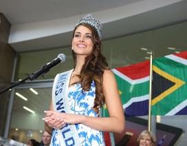 Tân Hoa hậu thế giới được chào đón nồng nhiệt khi về nhà