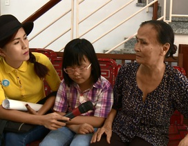 Thùy Trang thực hiện ước mơ đoàn tựu gia đình vào năm mới