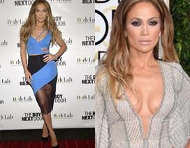Jennifer Lopez gợi cảm mọi khoảnh khắc