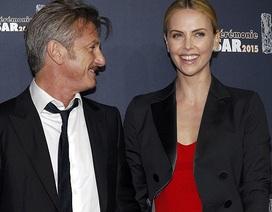 Charlize Theron đẹp đôi bên Sean Penn