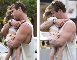 """Hình ảnh ngọt ngào của """"Thần sấm"""" Thor bên các con"""