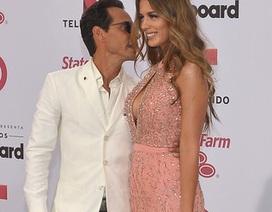Marc Anthony đưa vợ trẻ dự sự kiện