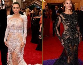 """Kim bị tố """"nhái"""" váy Beyonce"""
