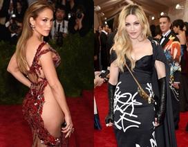Jennifer Lopez mặc váy xuyên thấu; Madonna trẻ hơn tuổi thật
