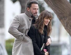 Ly hôn nhưng Ben Affleck và Jennifer Garner vẫn đi du lịch cùng nhau