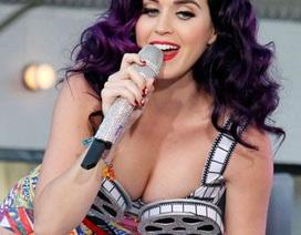 """Hành trình """"in ra tiền"""" của Katy Perry"""