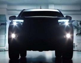 Toyota hé lộ hình ảnh Hilux thế hệ mới