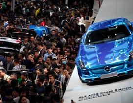Thao túng giá xe, Mercedes bị phạt nặng