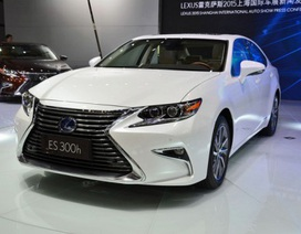 Lexus ES thay đổi diện mạo