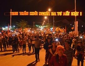 Hàng ngàn người háo hức xem bắn pháo hoa giữa đại ngàn