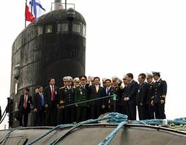 Cận cảnh tàu ngầm lớp Kilo mang tên Hà Nội