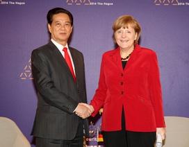 Thủ tướng Nguyễn Tấn Dũng gặp Thủ tướng Đức
