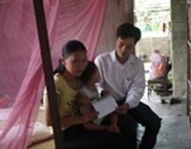 Chị Phạm Thị Lương có thêm điều kiện đưa con đi phẫu thuật