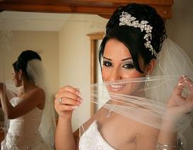 Kỳ quặc cô dâu bán đấu giá… đêm tân hôn