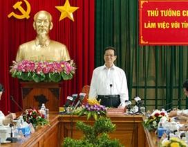 Thủ tướng Nguyễn Tấn Dũng làm việc tại Vĩnh Long, Hậu Giang