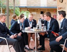 Học bổng du học ngành Quản lý khách sạn và thực tập được trả lương tại Australia