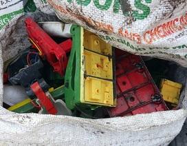 Khẩn cấp di dời 13 hộ tái chế chì thủ công ra khỏi làng nghề