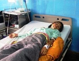 Bom bi phát nổ, một bé gái bị thương nặng