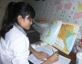 Cô học trò mồ côi học giỏi Địa lý
